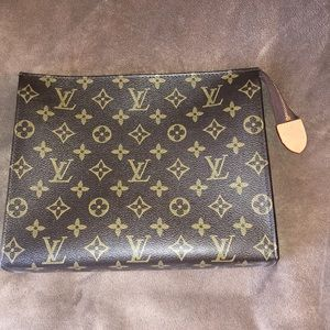 LV Toilette Bag